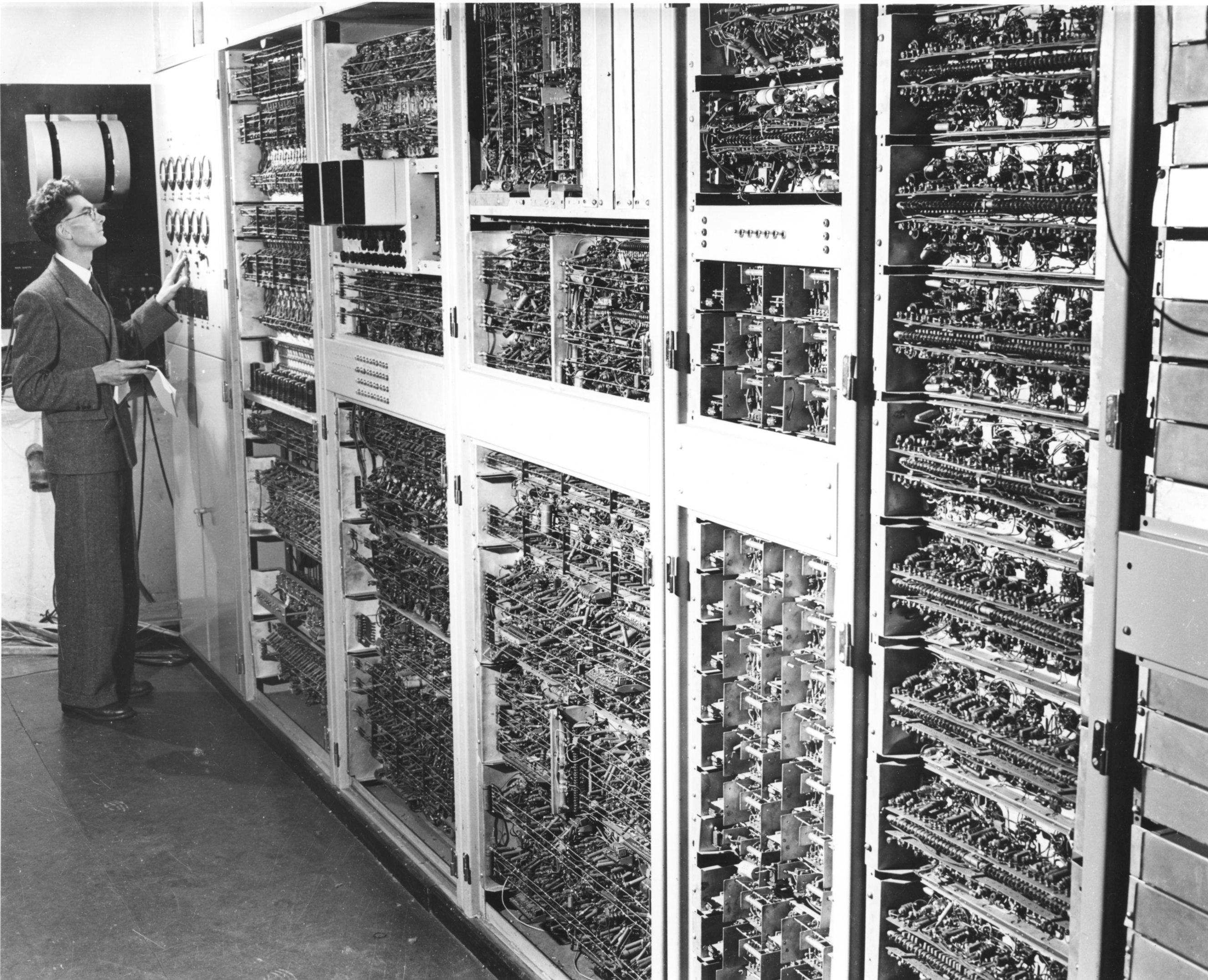 A man standing in front of CSIRAC