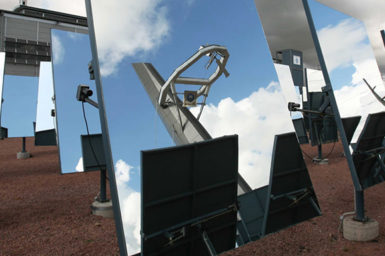 Array of mirrors in a solar thermal plant
